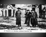 חסידים ברחוב שָּׁרוֹקֶה, קז'ימיאז קרקוב 1938